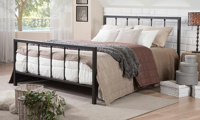 Amy Queen Size Metal Platform Bed