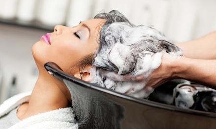 Shampoo, piega con maschera, colore e trattamento allozono e olio di Argan allAtelier De Charme (sconto fino a 78%)