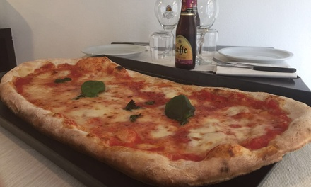 Menu pizza al metro con birra o vino per 2, 4 o 6 persone alla pizzeria Orso Bianco Giassai (sconto fino a 59%)