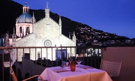Cena romantica alla carta con bottiglia di vino o Champagne e vista Duomo per 2 persone   Loft Como (sconto fino a 69%)