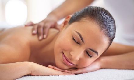 Uno o 3 massaggi di 50 minuti a scelta al centro estetico Elle Beauty, in centro a Vomero (sconto fino a 62%)
