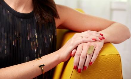 3 o 5 sedute di manicure con applicazione di smalto semipermanente al centro Real Estetika (sconto fino a 77%)
