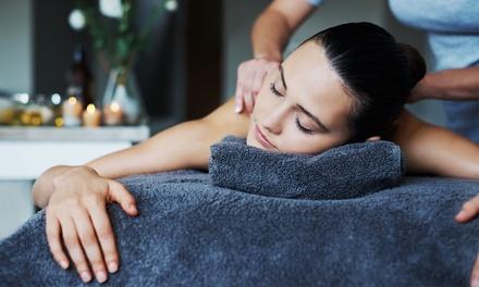 Uno o 3 massaggi da 30 o 45 minuti a scelta tra decontratturante, massaggio al bambù e relax (sconto fino a 76%)