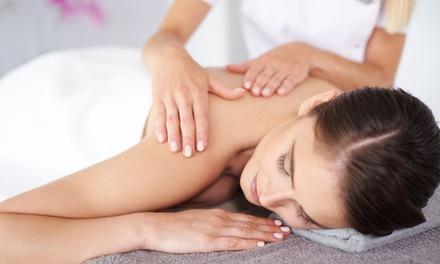 3 massaggi da 45 minuti a scelta al centro estetico De Nardis Beauty Elements (sconto fino a 76%)
