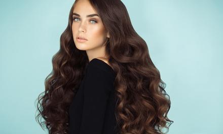 Shampoo, taglio, trattamento ristrutturante, colore e shatush al salone Beauty and Fashion (sconto fino a 66%)