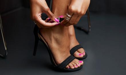 Spa manicure en/of pedicure + gellak bij Beauty by Rosita in hartje Amsterdam