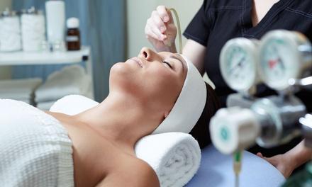 3 o 5 sedute di ossigenoterapia al viso al salone On Hair Parrucchiere & Estetica (sconto fino a 84%)