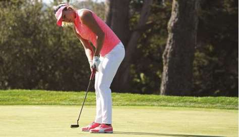 Thompson uses flawless round to seize 1-shot lead