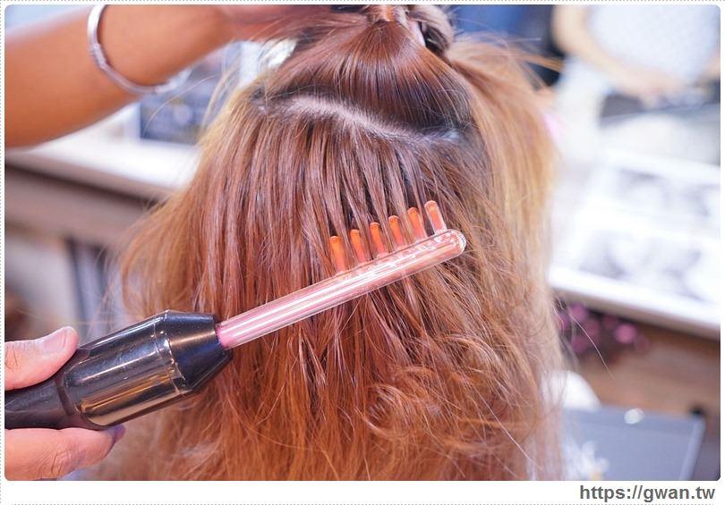 [臺中夜間美髮 西屯區] 夜沐髮藝 - 全臺首創深夜美髮 | 解決夜貓族困擾,結果每間店都不收客了qq. 或是想要染燙,做事, 下了班之後還有變美的好去處。 這次趁著過年前來個大變髮,晚上也有專業的美髮服務 - 吃關關