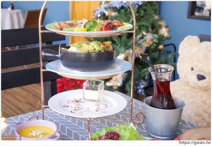 20190115230218 96 - 熱血採訪   晨光手作料理坊,早餐就能吃到巨無霸牛排可頌,平日不限時,點紅茶還可無限續杯!!