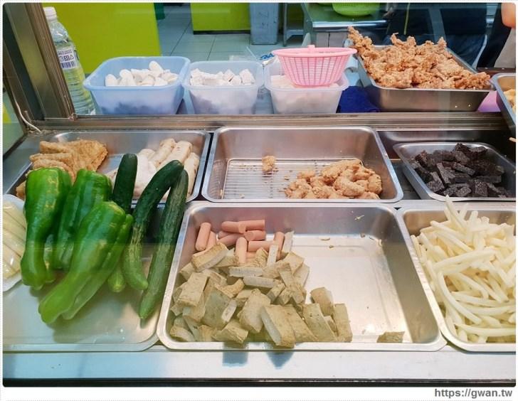 20190221170426 17 - 偉哥鹹酥雞   店門口排排坐,原來大家都在等好吃的鹹酥雞!!