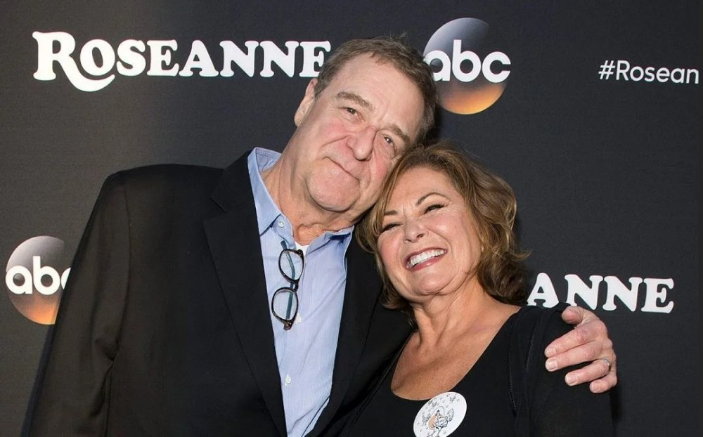 Roseanne, now pro-Trump and pro-Israel, returns to the airwaves to huge ratings