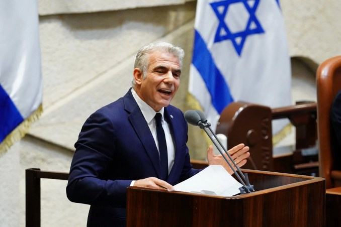 Yair Lapid's campaign to focus on Netanyahu's COVID failures without targeting his Haredi partners