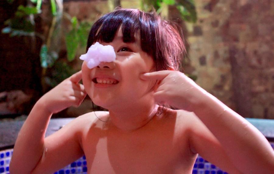【分享】QQ Bubble神奇好玩魔法沐浴泡泡慕斯,陪小孩歡樂洗澡的好朋友