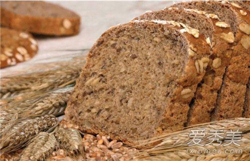全麥食物可以減肥嗎 一片全麥麵包的熱量 - 康途健康百科