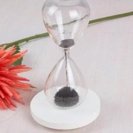 Sevgiliye Hediye Manyetik Kum Saati