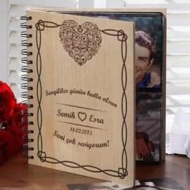 Bayan Sevgiliye Kalp Desenli Fotoğraf Albümü