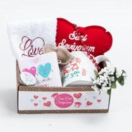 Sevgiliye Özel Hediye Aşk Sepeti