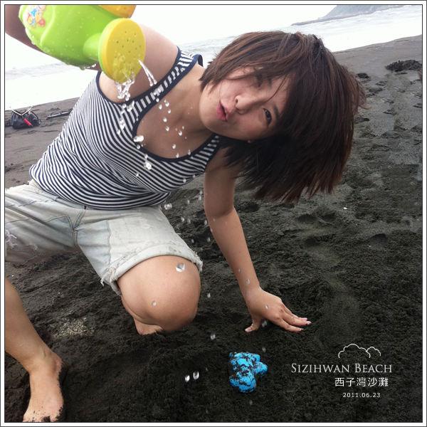 高雄|西子灣沙灘會館,夏日戲水堆沙雕,好曬呀!!