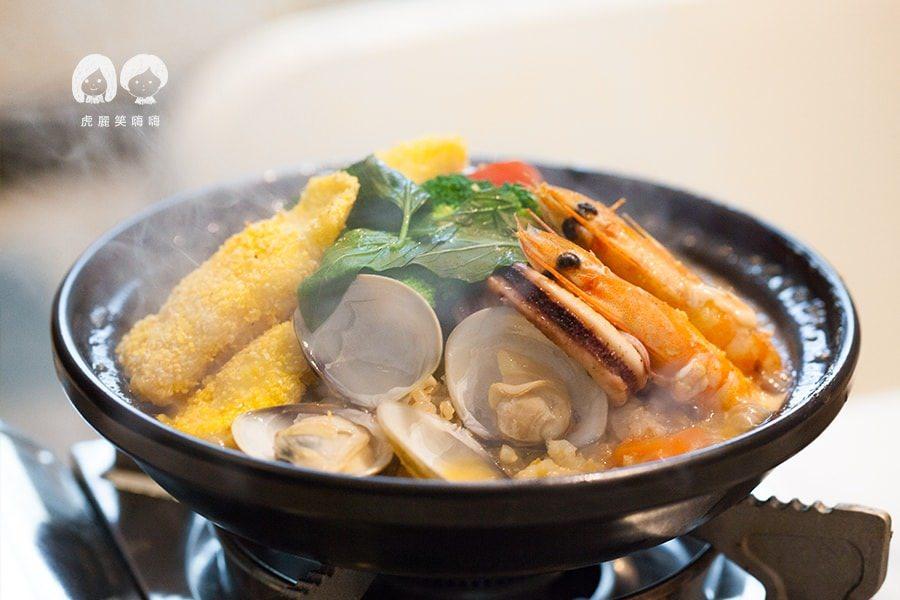 【美食】高雄|超推料理!克洛浦水素水餐廳,聚餐就吃塔吉鍋