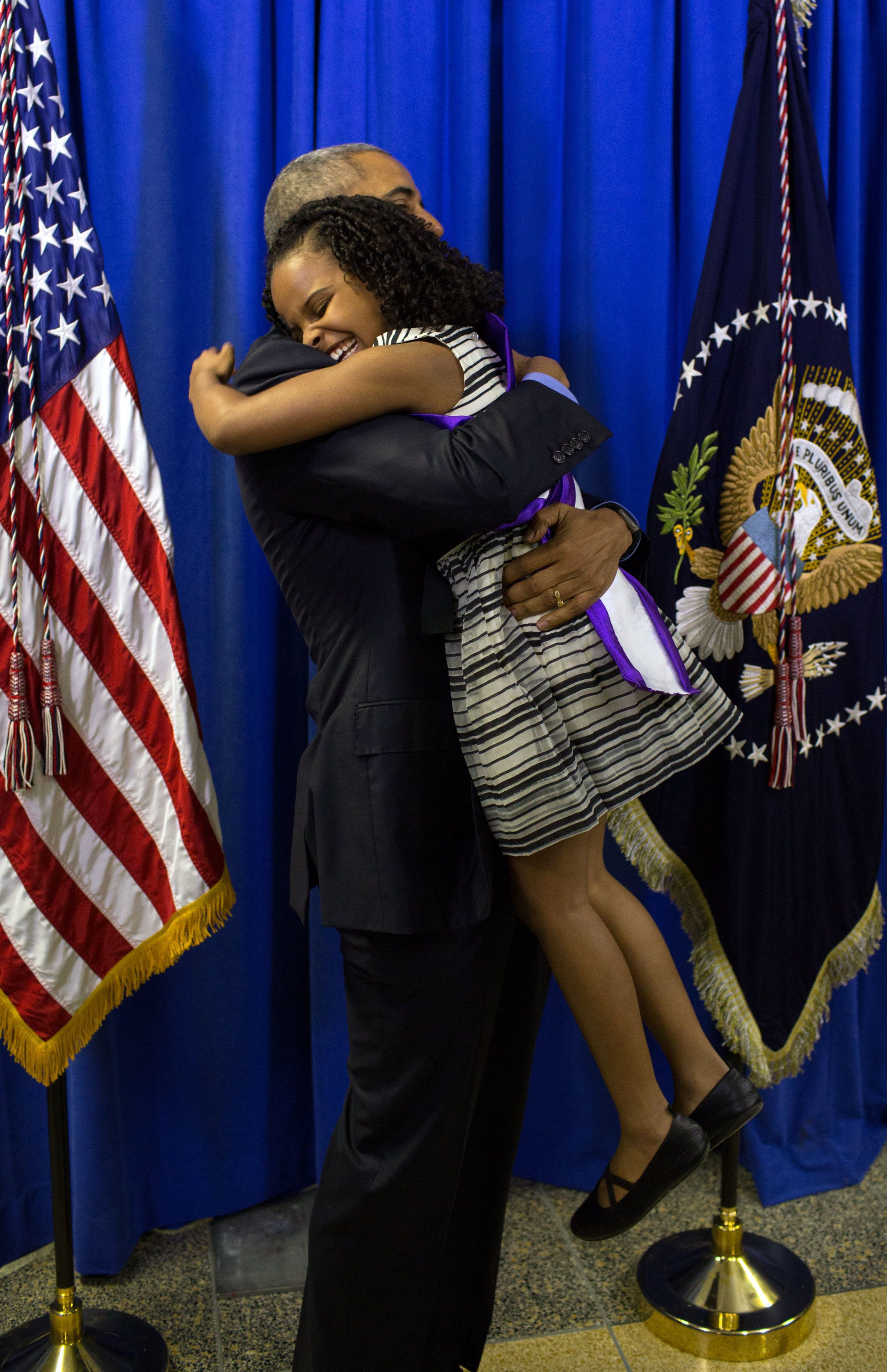 President Obama embraces eight-year-old Amariyanna Copeny, who wrote him a letter asking him to visit her hometown of Flint, Michigan as they battle the devastating water crisis and what she's doing to help. For a fun comparison, this is Amariyanna (also Little Miss Flint) meeting President-Elect T*ump.