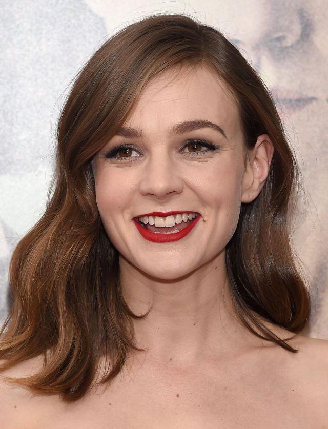 collarbone-length hairstyles are having a moment in