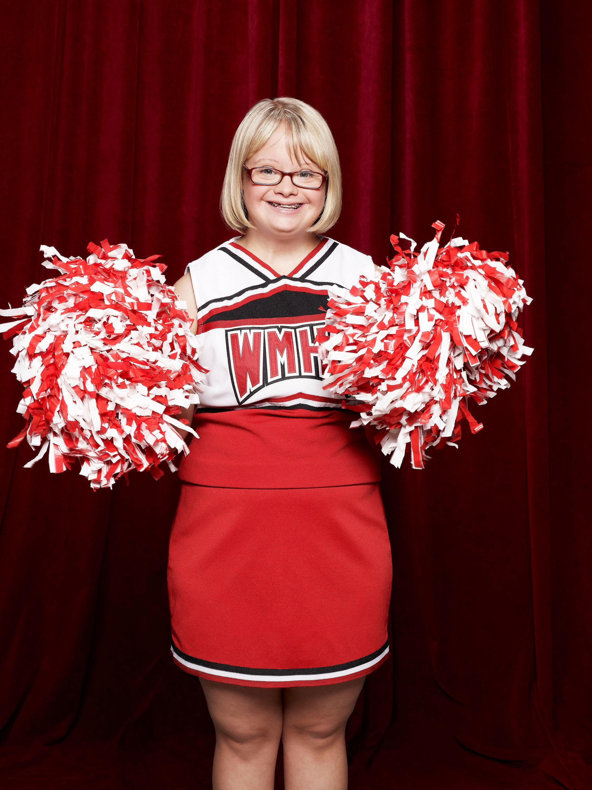 Lauren Potter AKA Becky From Glee Got Engaged To Her Childhood Friend HuffPost
