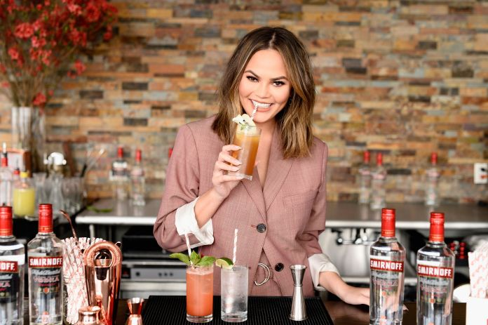 Chrissy Teigen Got Real About Overdrinking And The Internet Got Mean Chrissy Teigen Got Real About Overdrinking And The Internet Got Mean 599c2a971900003900dd4c55