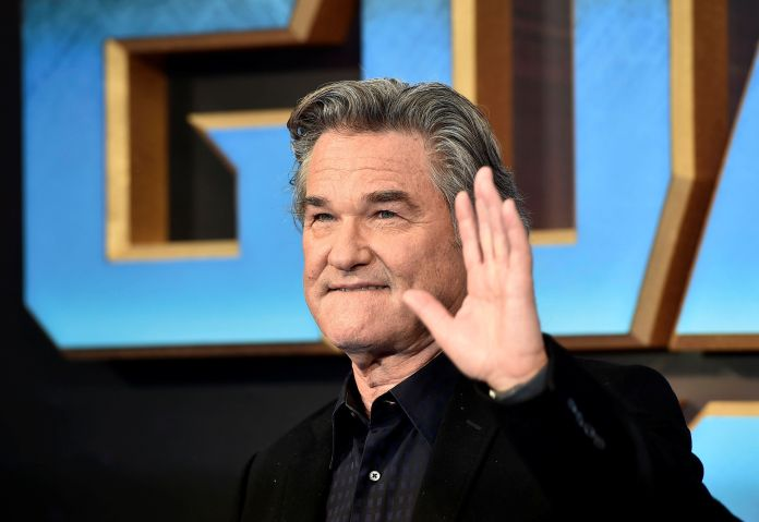 A Photo Of Kurt Russell Napping Is Melting People's Minds A Photo Of Kurt Russell Napping Is Melting People's Minds 59df3bcc2d00009717309ebf