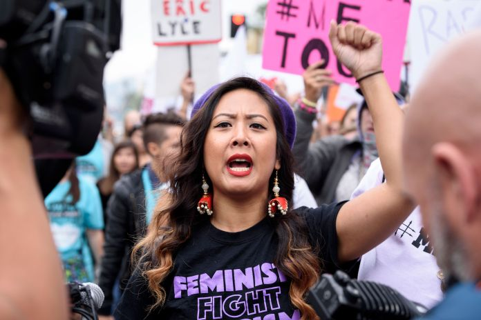 50 Photos From 2017 That Show The Power Of Women's Rage 50 Photos From 2017 That Show The Power Of Women's Rage 5a397464150000490049c94e