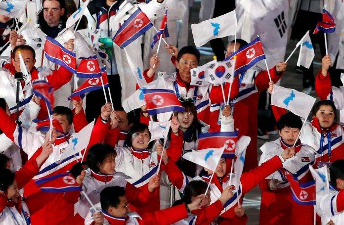 Stunning Photos Capture The 2018 Olympics' Closing Ceremony In All Its Glory Stunning Photos Capture The 2018 Olympics' Closing Ceremony In All Its Glory 5a92da6d210000a0076023ee