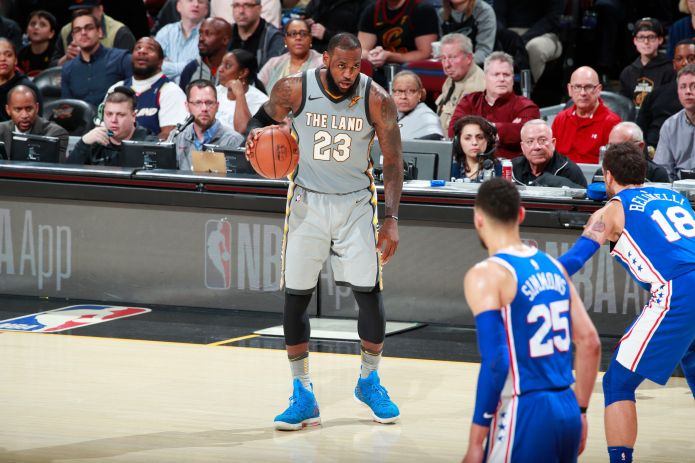 Even By LeBron James' Standards, This Move Was Mind-Blowing Even By LeBron James' Standards, This Move Was Mind-Blowing 5a992ced1f00005200168ee5