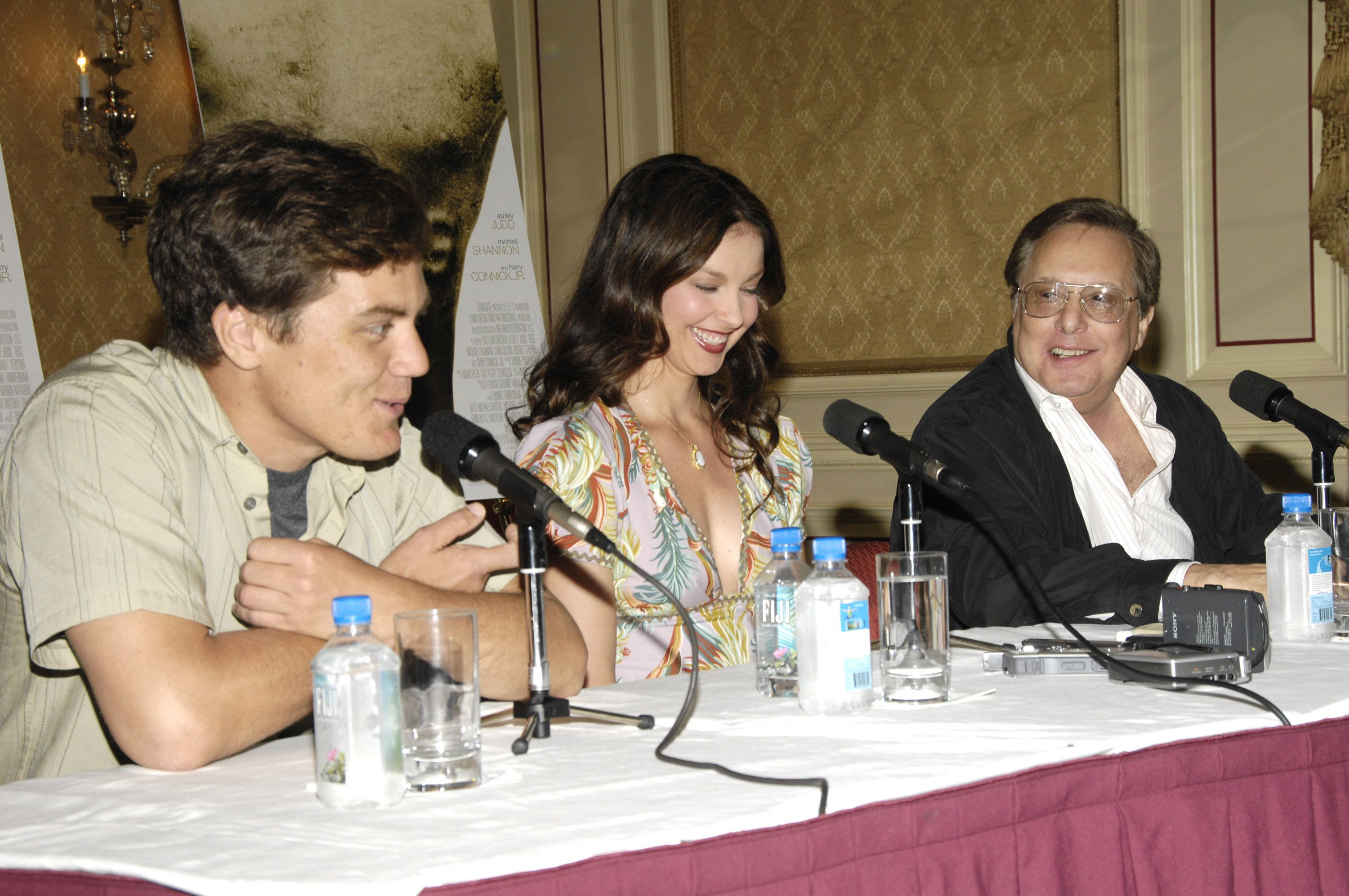 """Michael Shannon, Ashley Judd and William Friedkin at a """"Bug"""" press conference in 2006."""