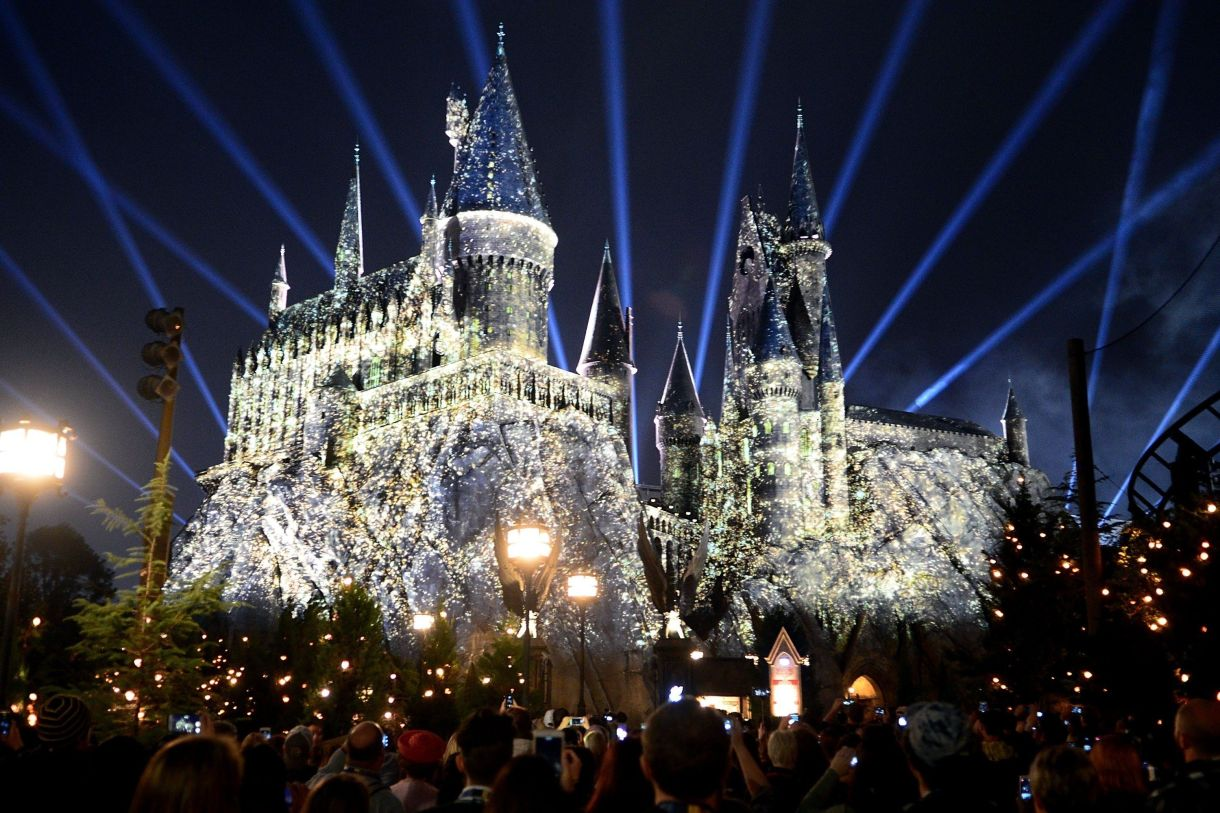 The Nighttime Lights at Hogwarts Castle takes place on select nights.