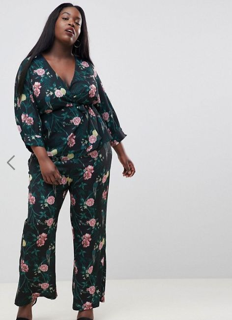"Get the matching set <a href=""http://us.asos.com/fashion-union-plus/fashion-union-plus-wrap-top-in-romantic-floral-two-piece/"