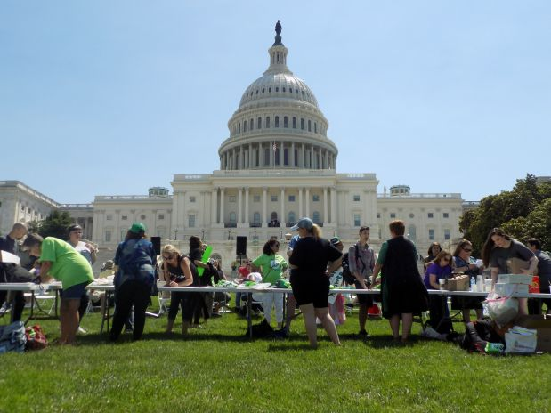 Dozens of advocates, consumers and vendors of the botanical drug kratom gathered for a rally in Washington last week, ahead o