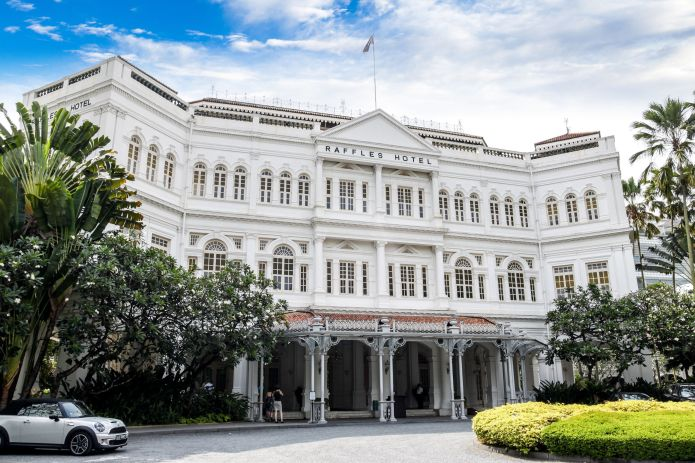 "Peik Lin wants to take Rachel and Kerry to the<a href=""https://www.raffles.com/singapore/"" target=""_blank"">Raffles Hote"