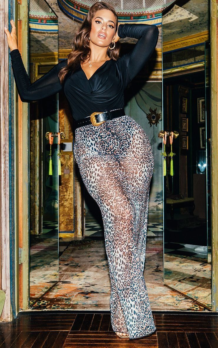 """<strong>Sizes</strong>: 0 to 24<br><a href=""""https://www.prettylittlething.us/leopard-print-mesh-maxi-skirt.html"""" target=""""_bla"""