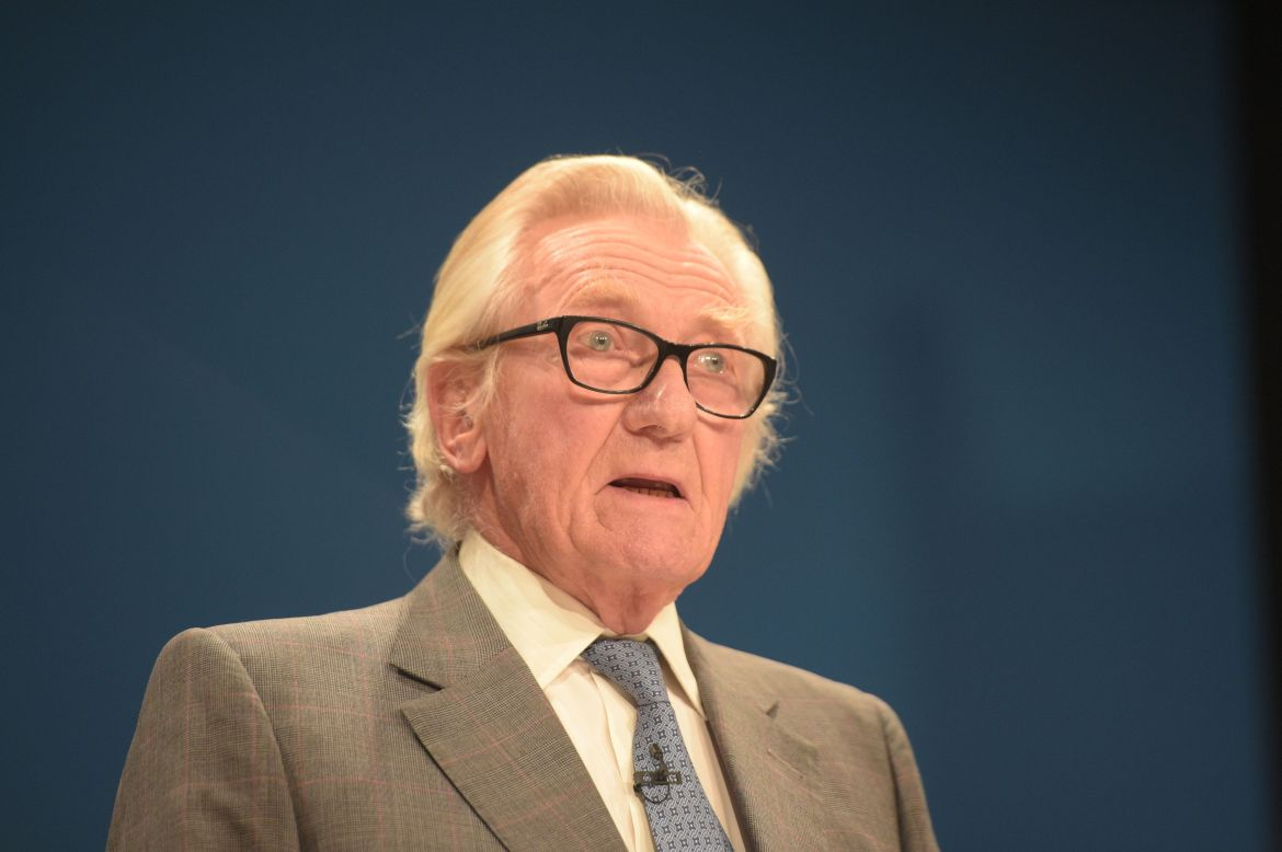 Lord Heseltine has warned politicians over their approach to Brexit.
