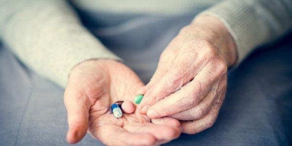 「認知症治療薬」の画像検索結果