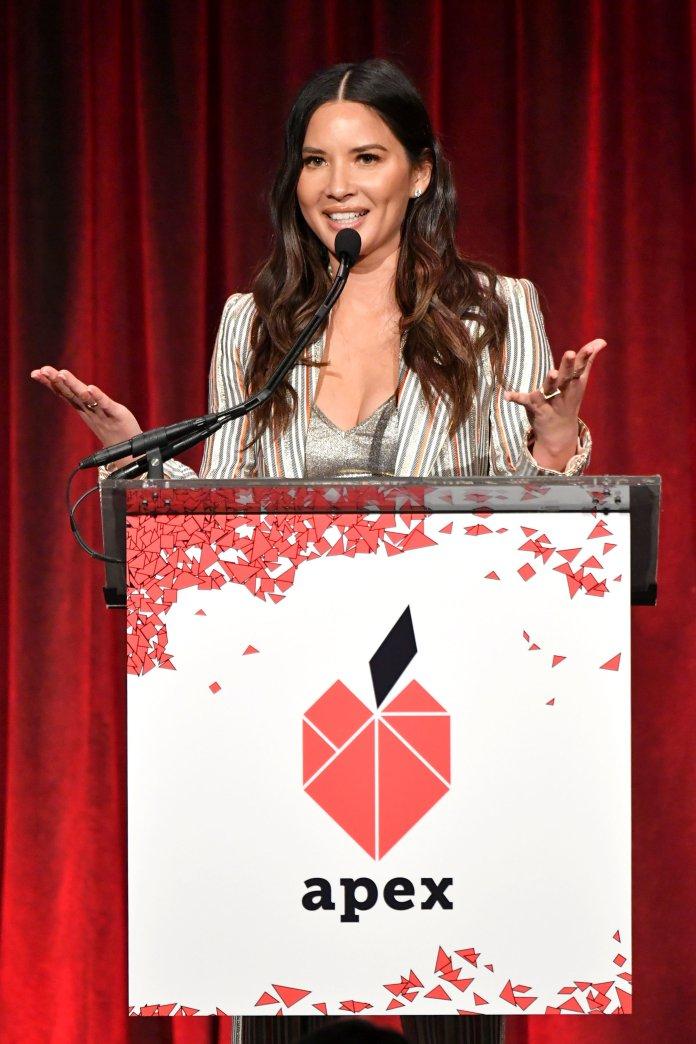f0e5075df7b Olivia Munn took aim Wednesday night at celebrity style blog Go Fug Yourself