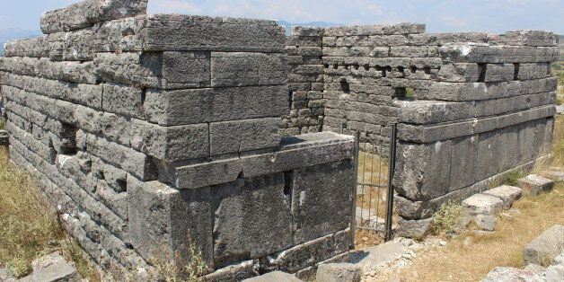 Όρραον: Η άγνωστη πέτρινη πόλη της Ηπείρου όπου διασώζονται τα καλύτερα διατηρημένα σπίτια της ελληνικής