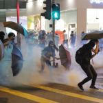 '실탄에 맞아 중태' 분노한 홍콩이 '준전시 상태'로 치닫고 있다(18장의 사진)