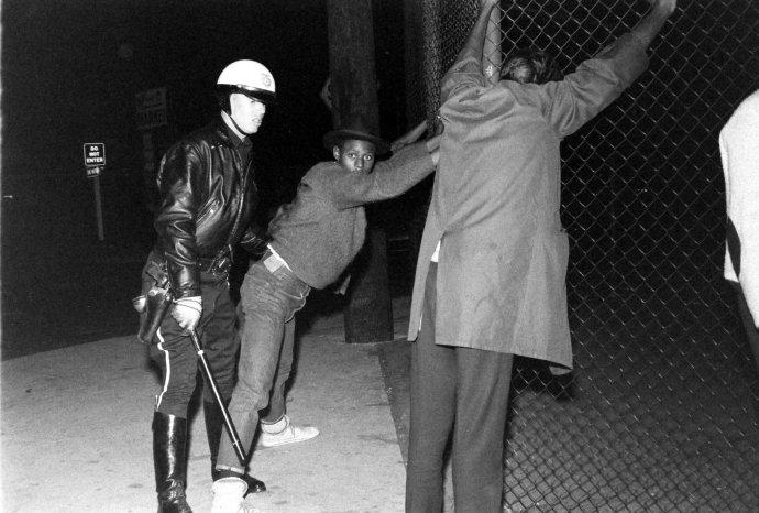 Σύλληψη αφροαμερικανού...