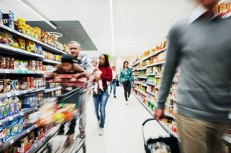 Grocery shopping is overwhelming enough during a pandemic. If you want to take climate change into consideration too, it can