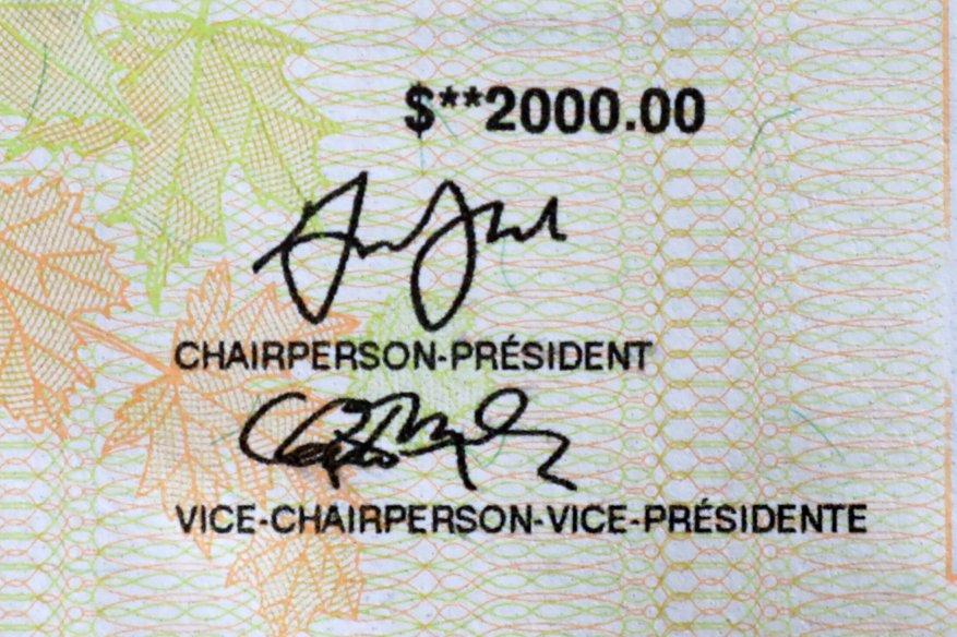 Teil eines Schecks über den $ 2.000 Canada Emergency Response Benefit (CERB), eine steuerpflichtige Auszeichnung des kanadischen ...