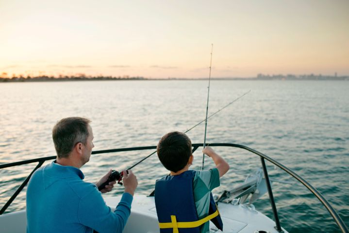 It's best to limit your boating group to those in your household.