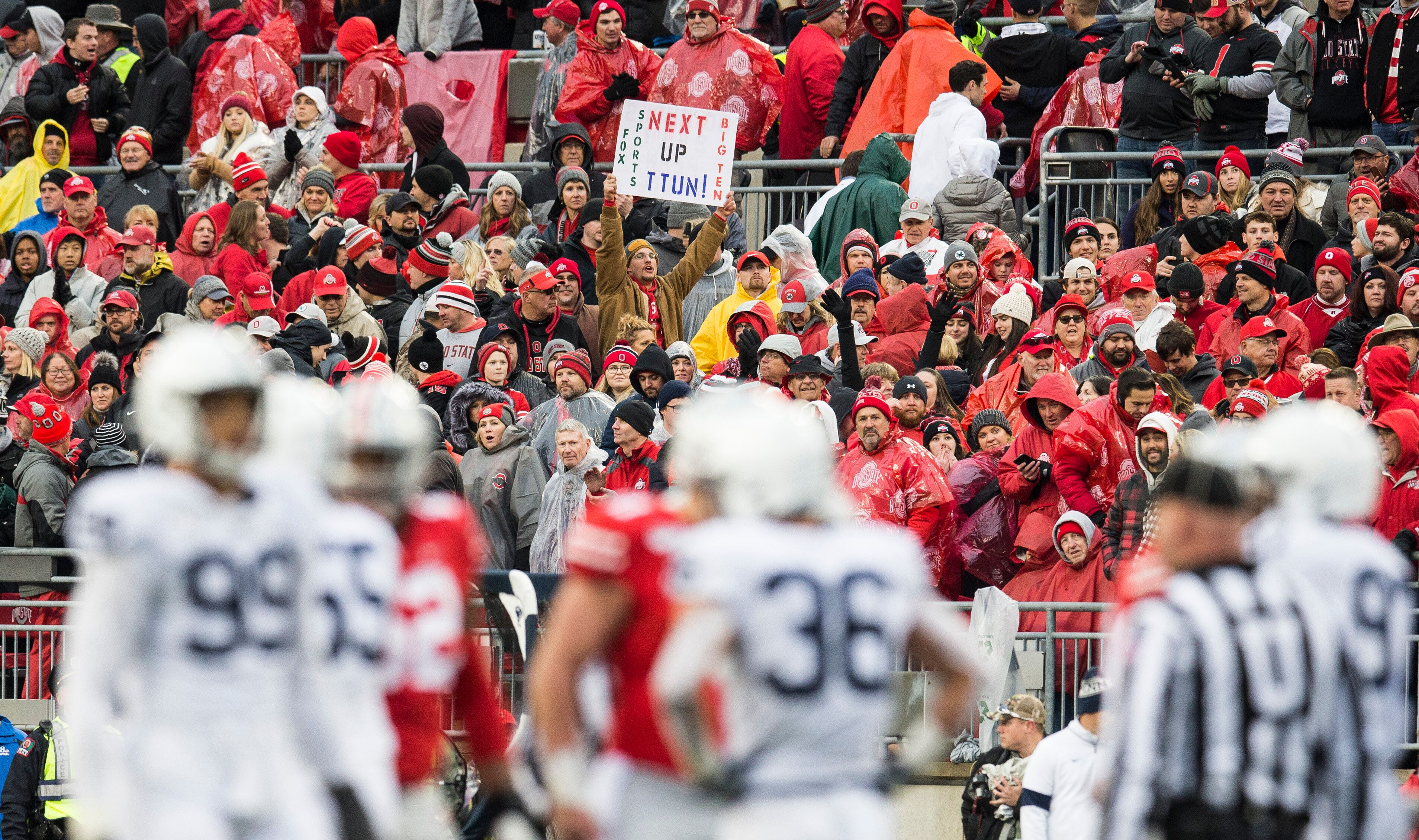 Ohio State and Penn State play in a 2019 game.