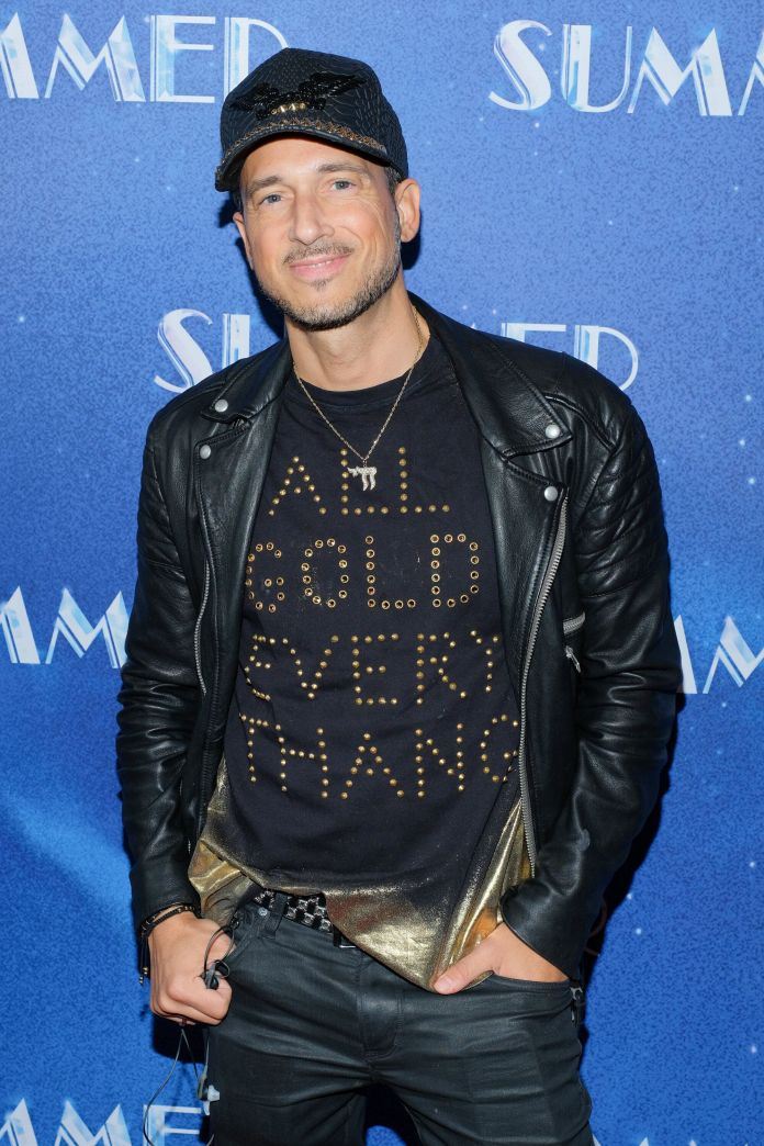 New York-based singer and gay nightlife icon Ari Gold died February 14. & nbsp;