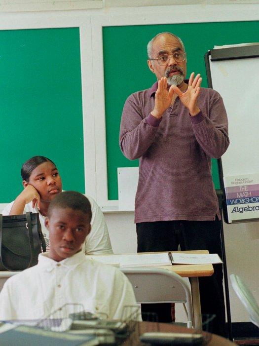 "In this April 6, 1990 file photo, Robert ""Bob"" Moses teaches an algebra class at Lanier High School in Jackson, Miss. (AP Pho"